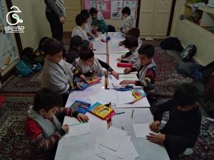 هویت سازی برای کودکان با ساخت پرچم سه رنگ ایران