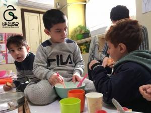 آشپزی چه فوایدی می تواند برای پسرها داشته باشد؟ مثلا پخت کیک