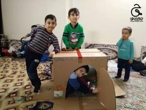 یک اردوی مادر و کودک با خانه خیالی مادرها و پسرها